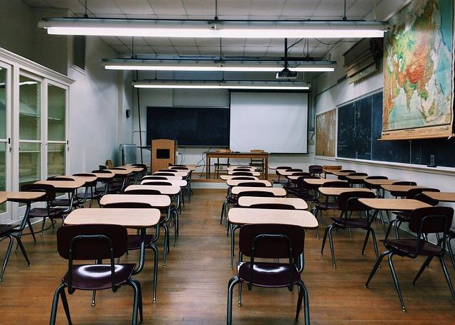 今どき高校は通信制で十分。むしろ通学より効率的【卒業はしておこう】